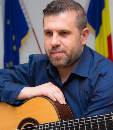 Daniel Dragomirescu